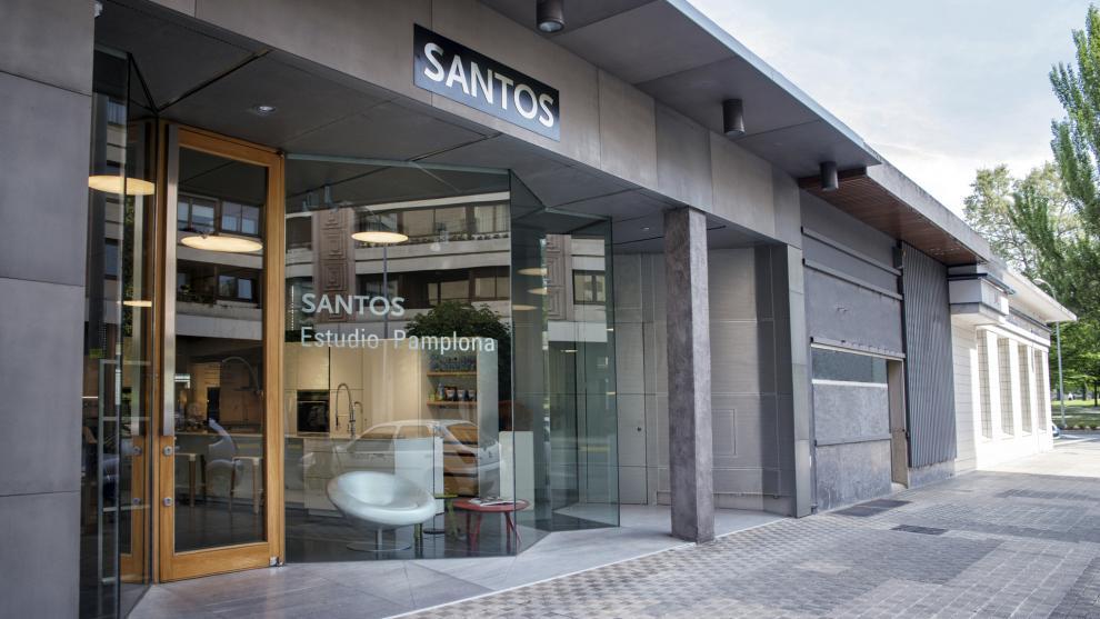 slide_santos-tienda-de-cocinas-santos-estudio-pamplona-2