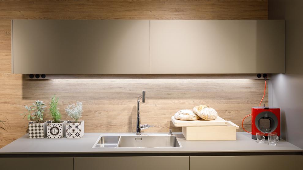slide_tienda-cocinas-coruna-interiores-santos-apertura-4