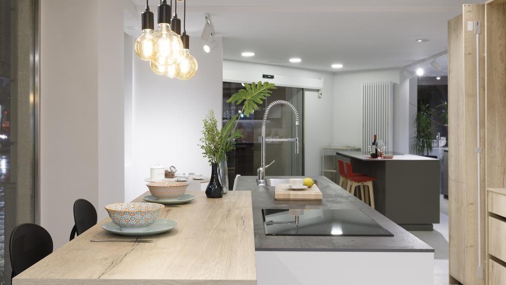 slide_tienda-cocinas-coruna-interiores-santos-apertura-7
