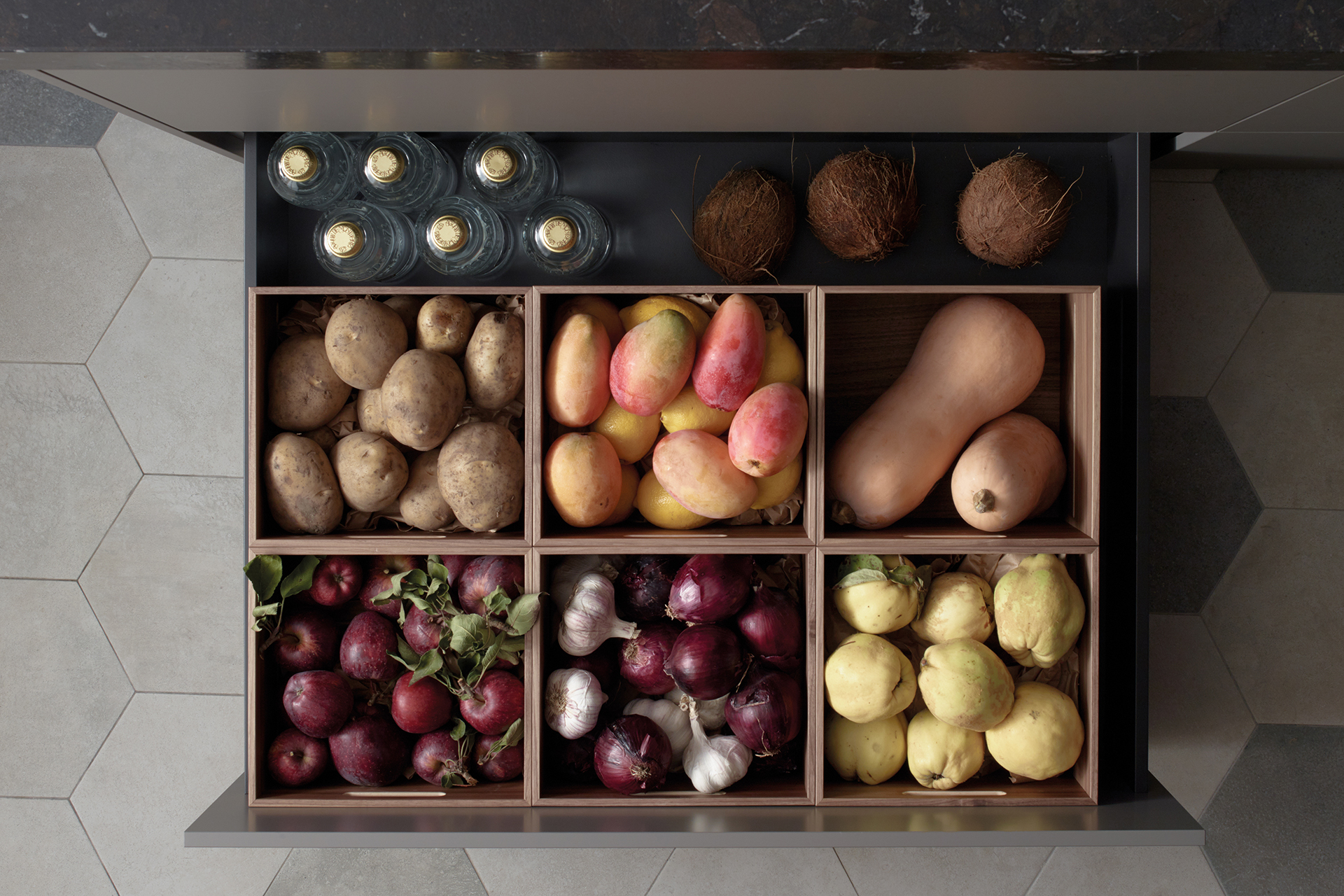 Kitchen accessories designed by Santos