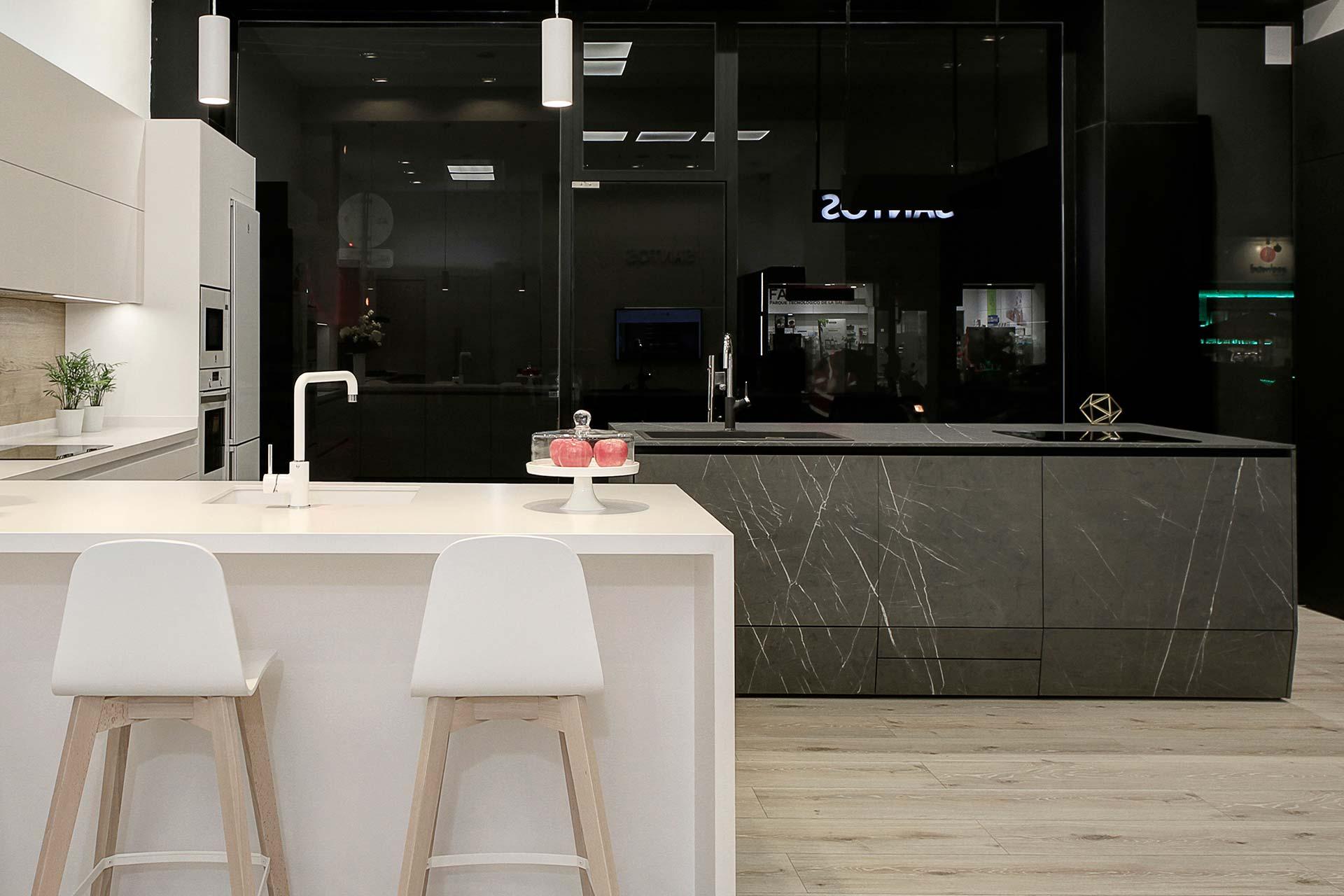 Estudio 7, nova loja exclusiva de cozinhas Santos em Granada