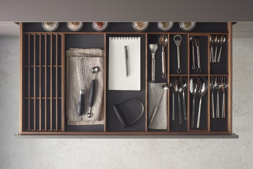 Accessories for Santos kitchen drawers