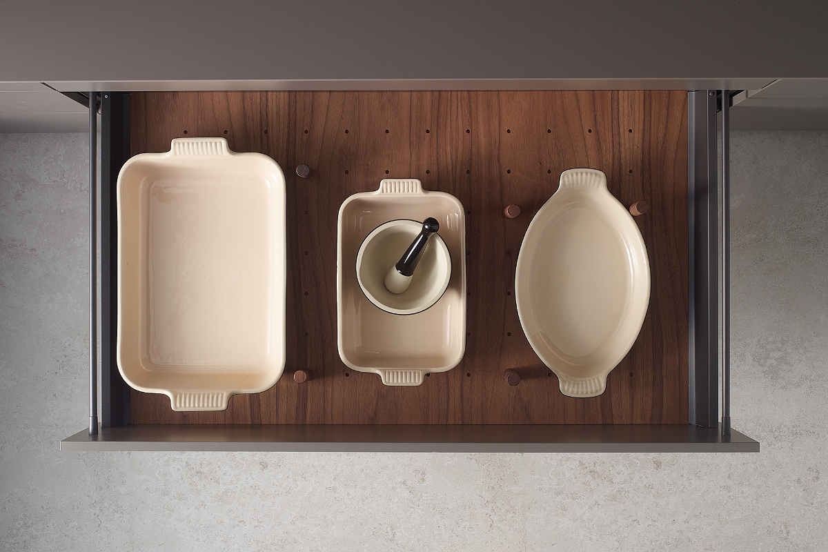 Plate rack accessory for Santos kitchens