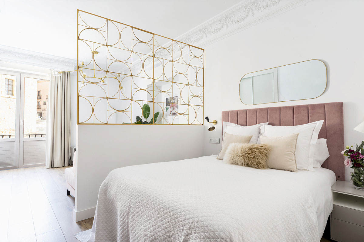 Bright and spacious bedroom in light colours