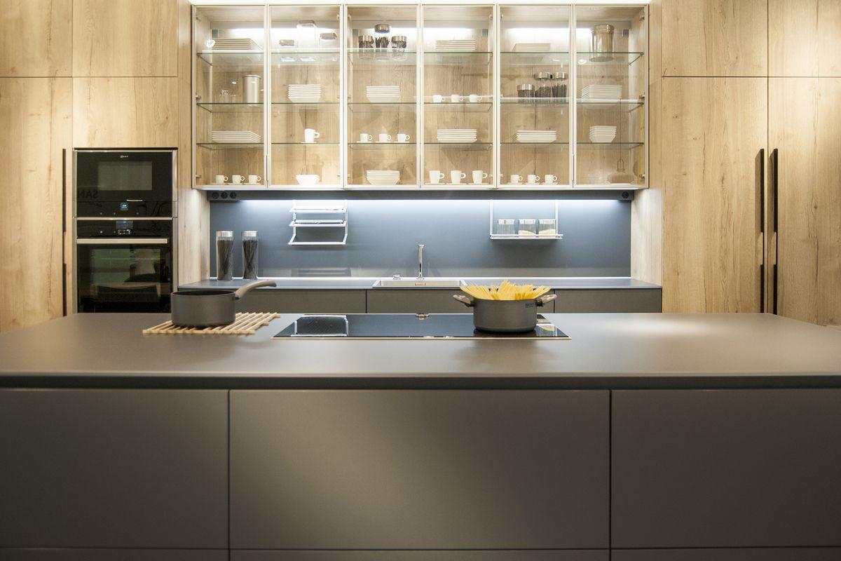 Santos Estudio Bilbao estrena nueva exposición de cocinas