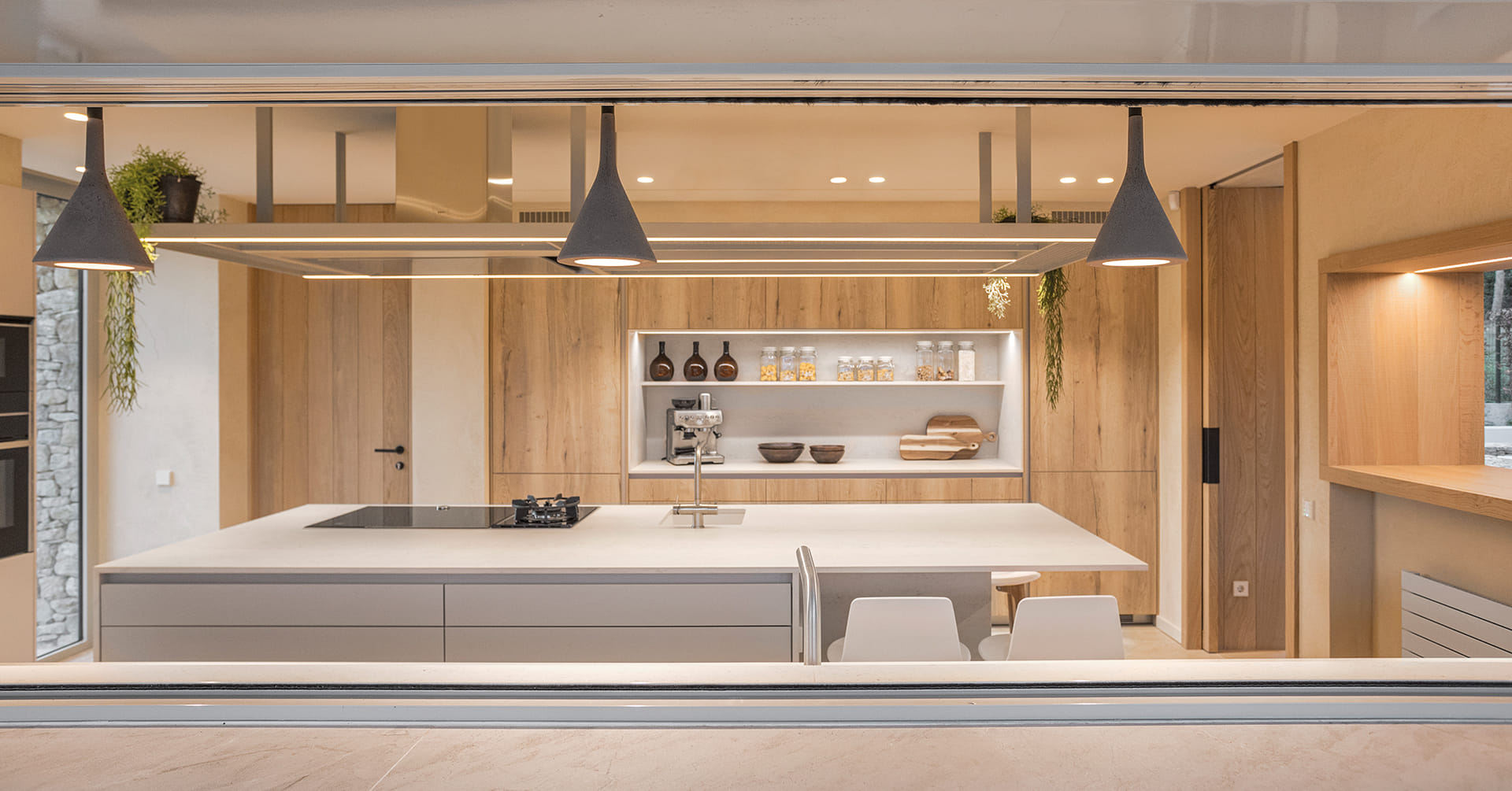 Santos kitchen in wood and cashmere with island