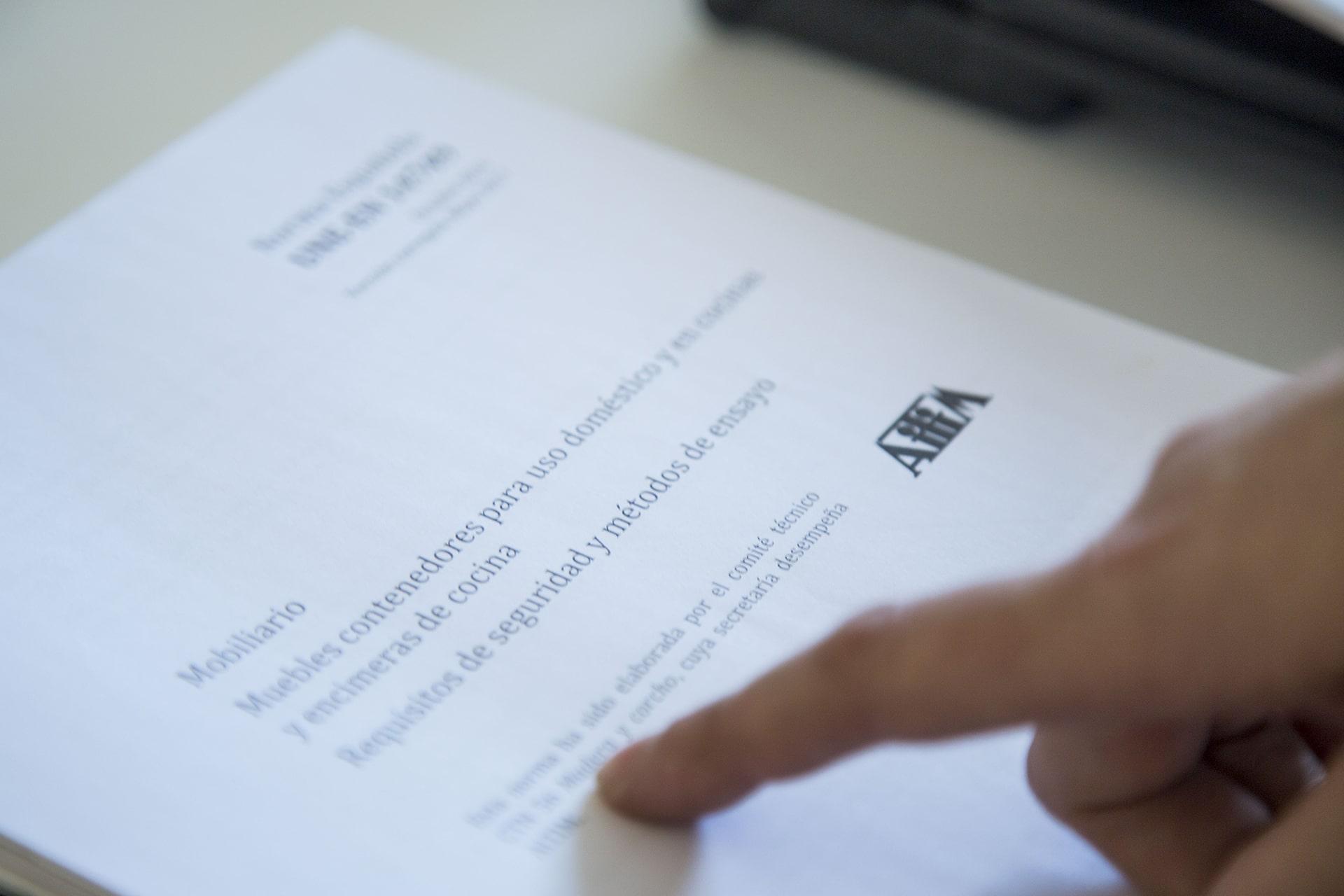 Documento acreditativo de inspección y control de calidad cocinas Santos