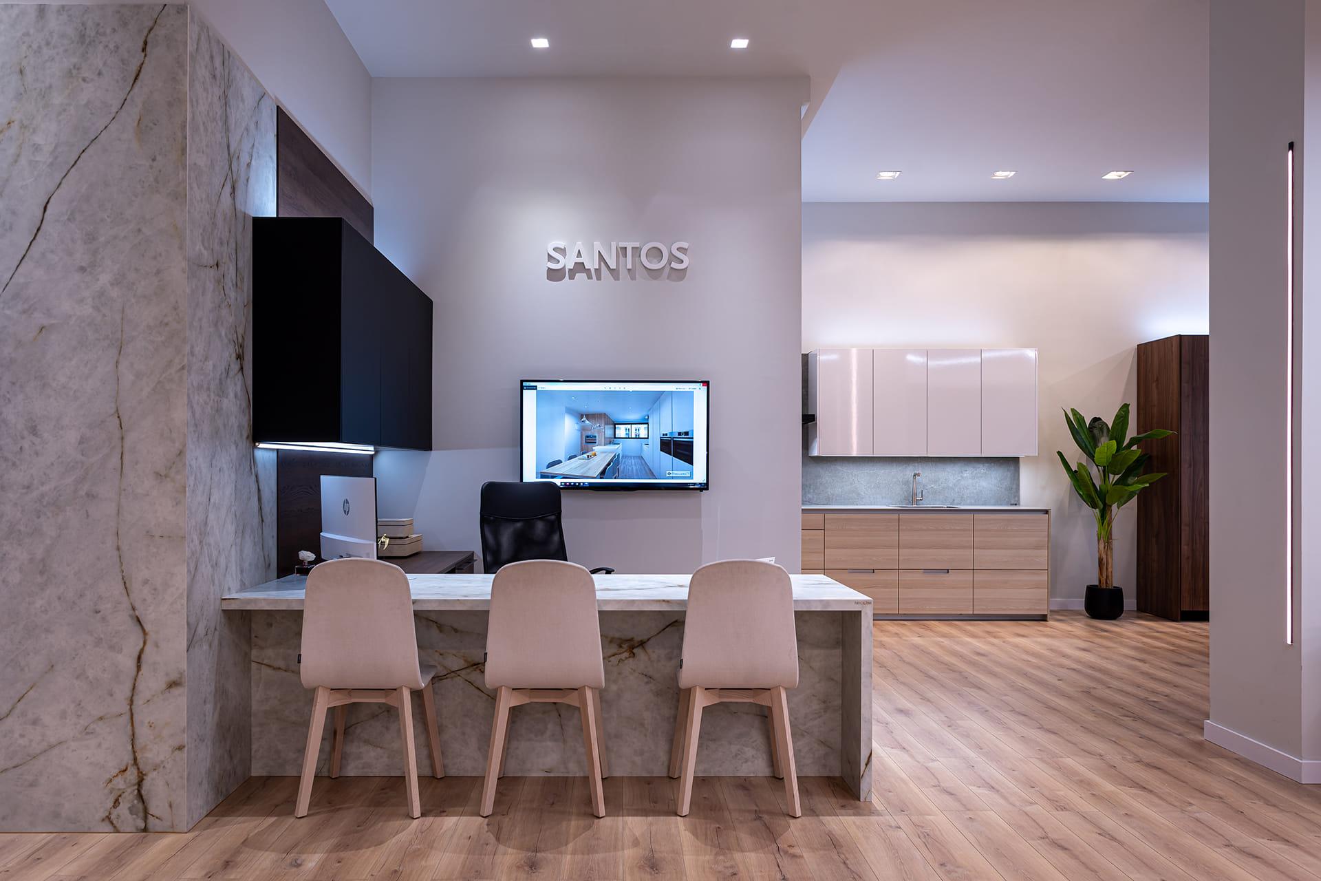 Santos Estudio 7 kitchen showroom in Granada