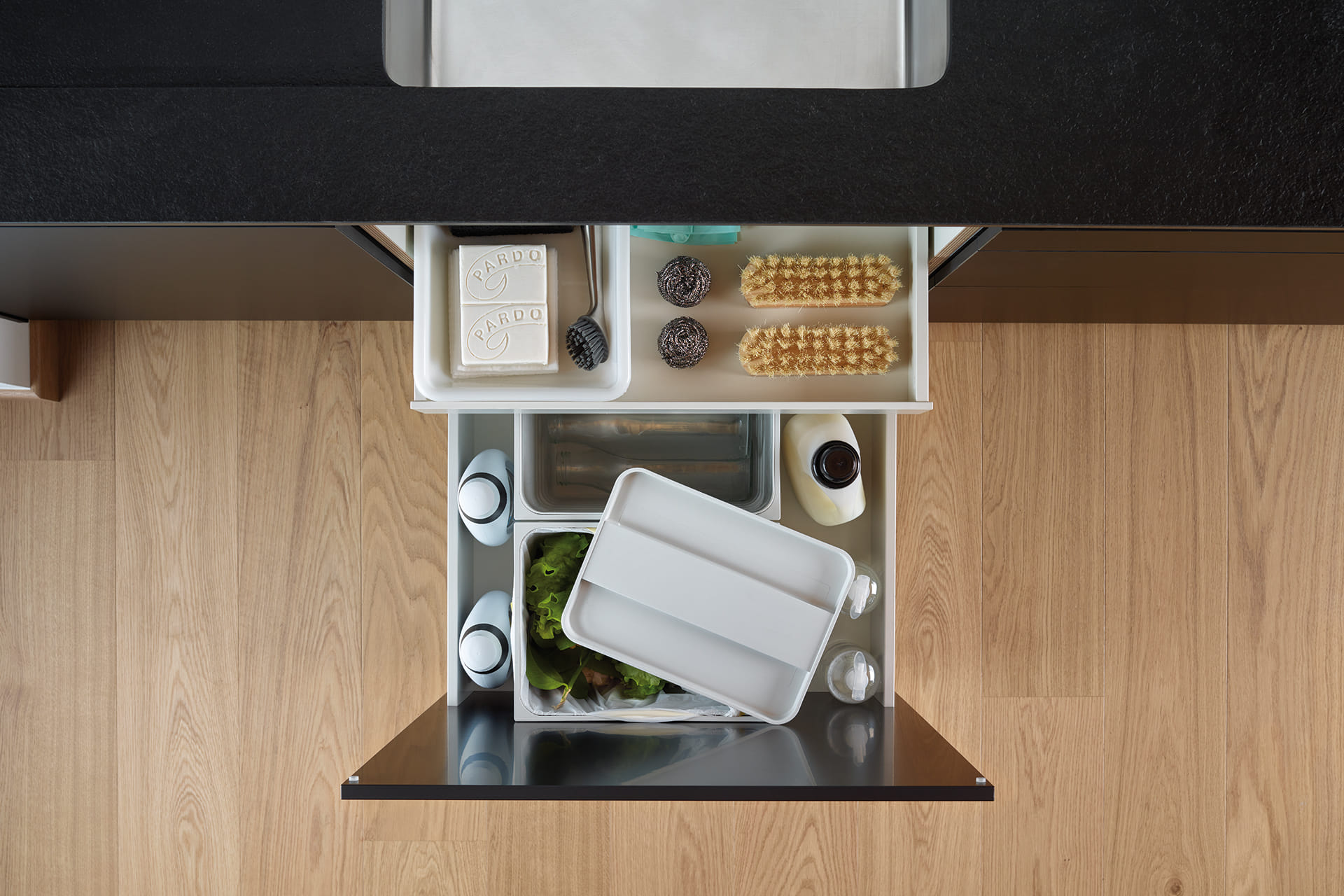 Santos kitchen furniture: base units, essentials for working, organising and storing