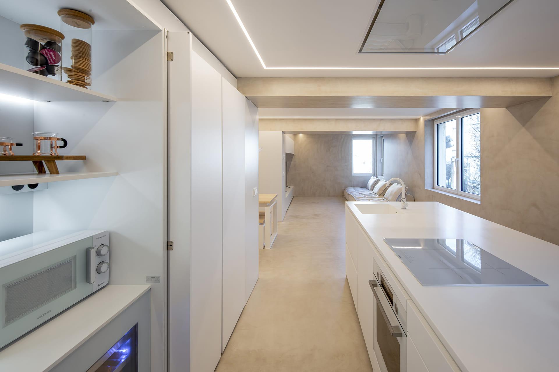 Meubels open witte keuken Santos